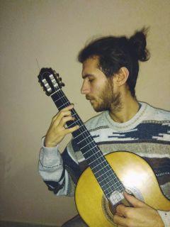Ρεσιτάλ κιθάρας του Κωνσταντίνου Τσιγγένη στην Εστία Μουσών