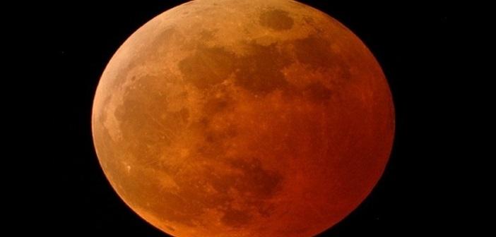 Πανσέληνος (του λύκου), υπερπανσέληνος και ολική σεληνιακή έκλειψη, το βράδυ της Κυριακής