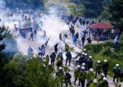 Περί χρήσης χημικών στις διαδηλώσεις…