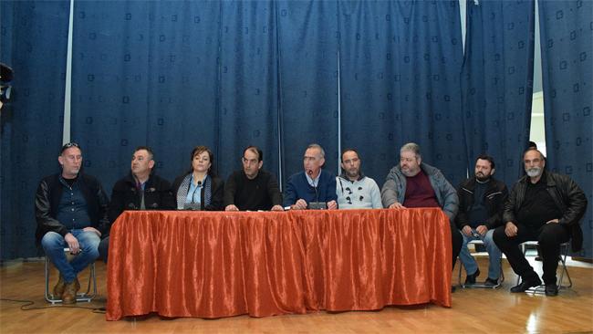 ΠΑΝΕΛΛΑΔΙΚΗ ΕΠΙΤΡΟΠΗ ΤΩΝ ΜΠΛΟΚΩΝ: Ομόφωνη κλιμάκωση του αγώνα αποφάσισαν οι αγρότες