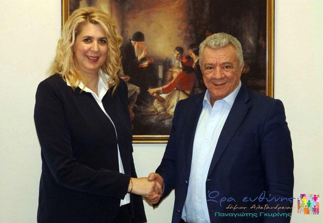 """Η """"Ώρα Ευθύνης"""" ανακοινώνει τη συνεργασία με την Όλγα Μοσχοπούλου"""