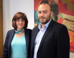 Η Φρ. Καρασαρλίδου με τον Υφυπουργό Οικονομίας κ. Γιαννακίδη για τη  χρηματοδότηση της σύνδεσης της Νάουσας με τον κόμβο Μονοσπίτων