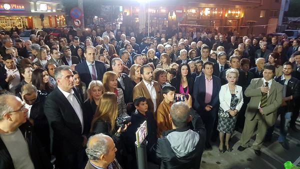 Η υποψήφια δήμαρχος Βέροιας Γεωργία Μπατσαρά εγκαινίασε το εκλογικό της κέντρο και παρουσίασε τους υποψηφίους της