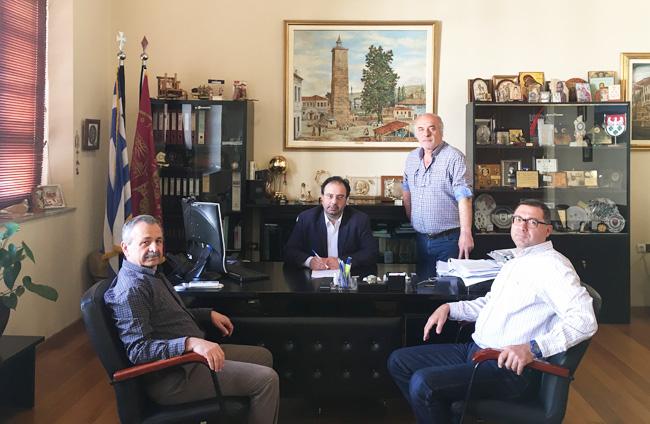 Ξεκινά η διαπλάτυνση της Πιερίων :Υπογράφτηκε η σχετική σύμβαση από το Δήμαρχο Βέροιας
