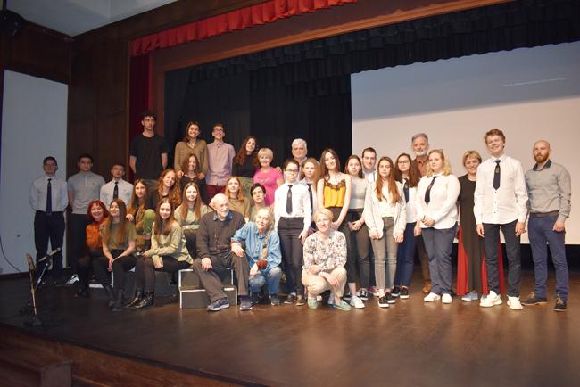 Οταν ο Παντελής Βούλγαρης και η Ιωάννα Καρυστιάνη συνάντησαν Ελληνες και Ρώσους μαθητές στη Βέροια...